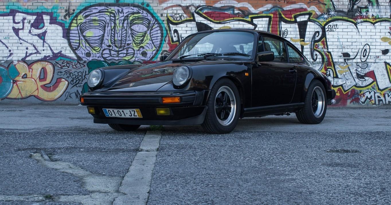 Porsche 911 Carrera 3.2 (1985)